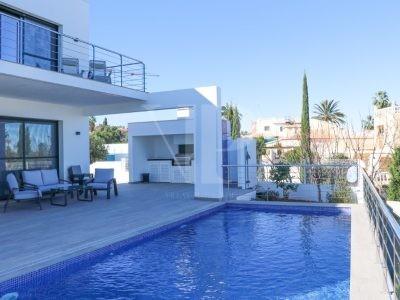 4 Bedroom Villa à Denia