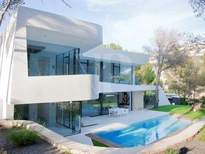 <4 Bedroom Villa in Altea