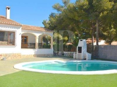 <8 Bedroom Villa in Javea