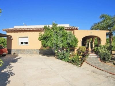 2 Bedroom Finca in Javea