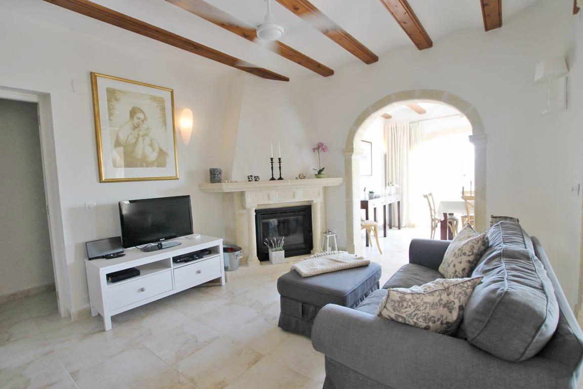 7 bed Villa in Javea image 9