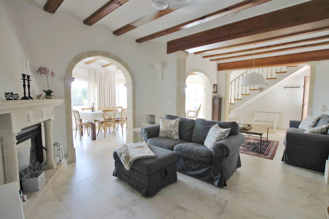 7 bed Villa in Javea image 10
