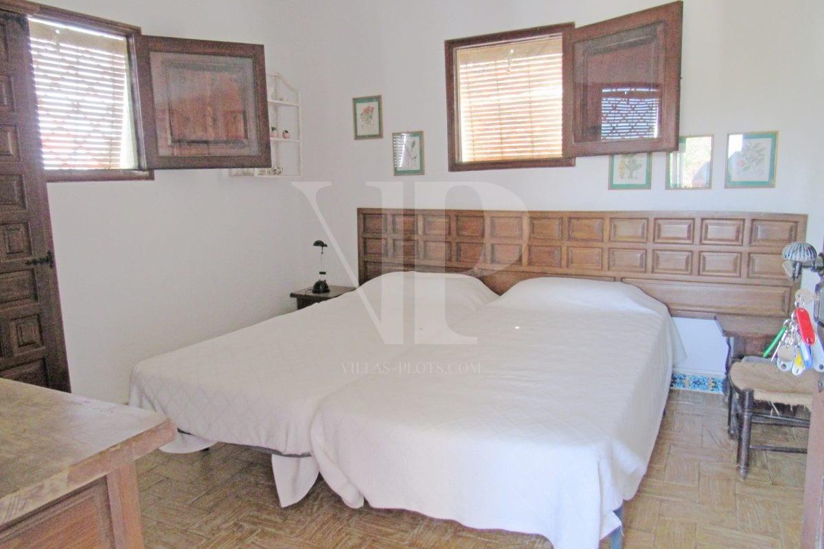 4 bed Villa in Javea image 13