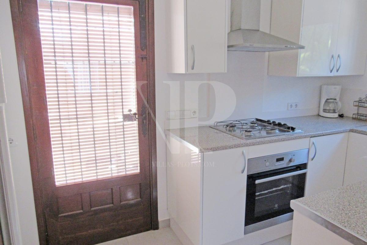 4 bed Villa in Javea image 11