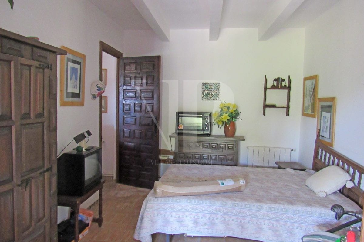 4 bed Villa in Javea image 14