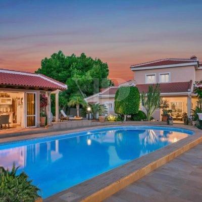 4 Bedroom Villa in Quesada