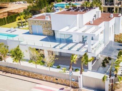 Villa met 5 slaapkamers in Javea