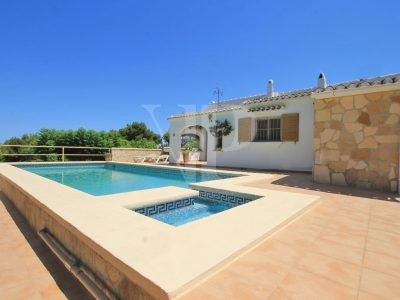 4 Bedroom Villa à Javea
