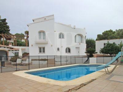 4 Dormitorio Villa en Javea