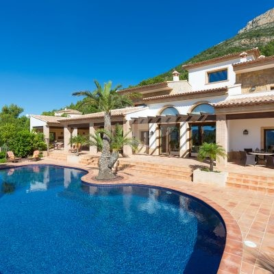 3 Bedroom Villa à Javea