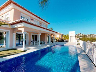 Villa 4 chambres dans Villa